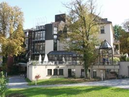 Wirbelsäulenchirurgie Neurochirurgie Wiesbaden Schmerz-Zentrum Mainz DGS Schmerzzentrum Diez